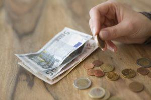 Runter mit den Fixkosten: So geht Geld sparen
